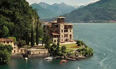 Location: Mr White's Estate, Lake Como, Italy